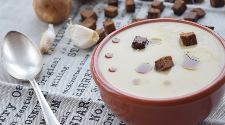 Potage topinambours champignons bacon
